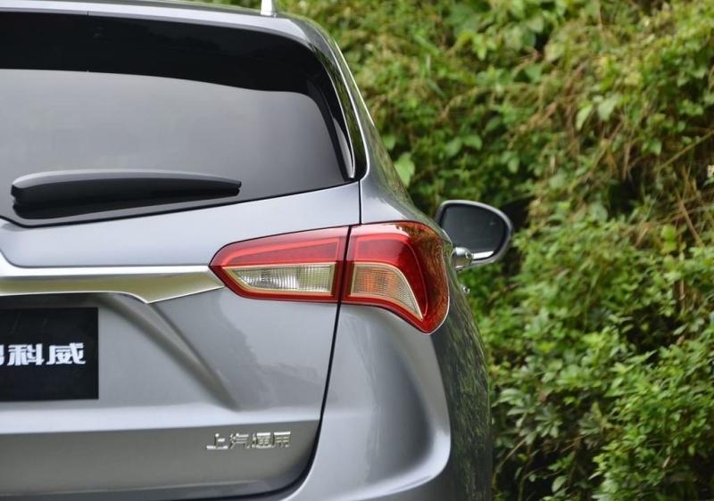Buick Envision 2018 – легкий рестайлинг и новый «автомат»