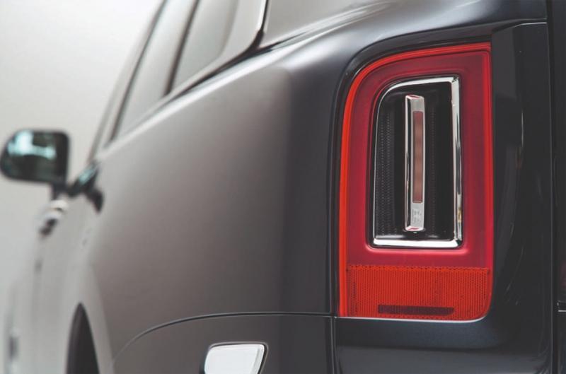Rolls-Royce Cullinan 2018 – роскошный внедорожник Роллс-Ройс Куллинан