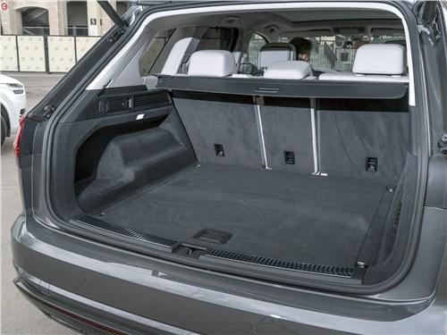 Сравнительный тест Volvo XC90, Volkswagen Touareg - Volkswagen Touareg и Volvo XC90: скандинавский бестселлер отбивает атаки молодого «тевтонца»