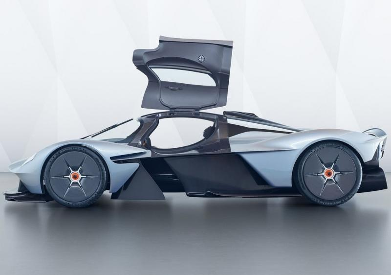 Aston Martin Valkyrie 2018 – уникальный гиперкар