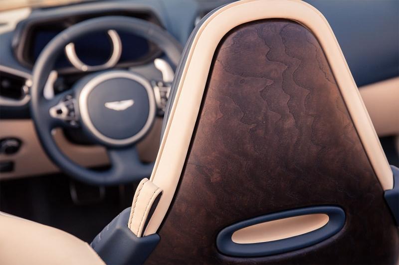 Aston Martin DB11 Volante 2018 – новый кабриолет Астон Мартин