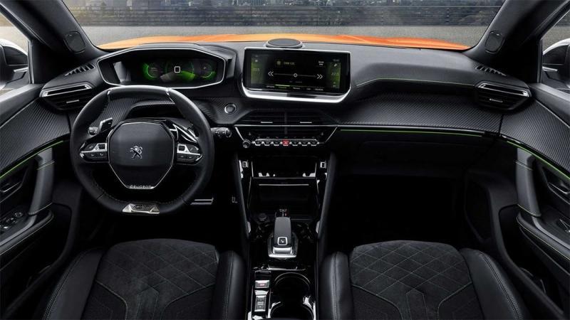 Второе поколение паркетника Peugeot 2008