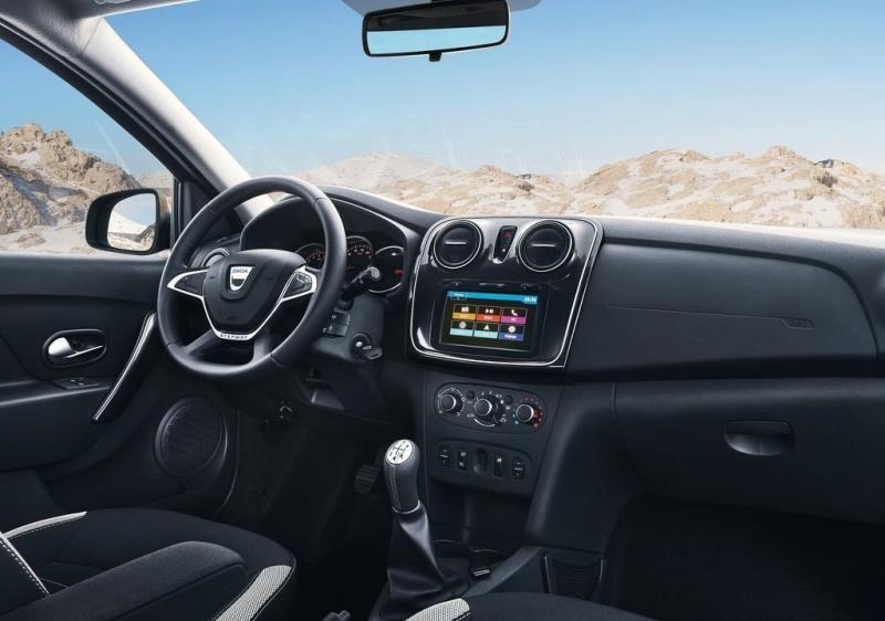Dacia Logan MCV Stepway – универсал в кроссоверном костюме