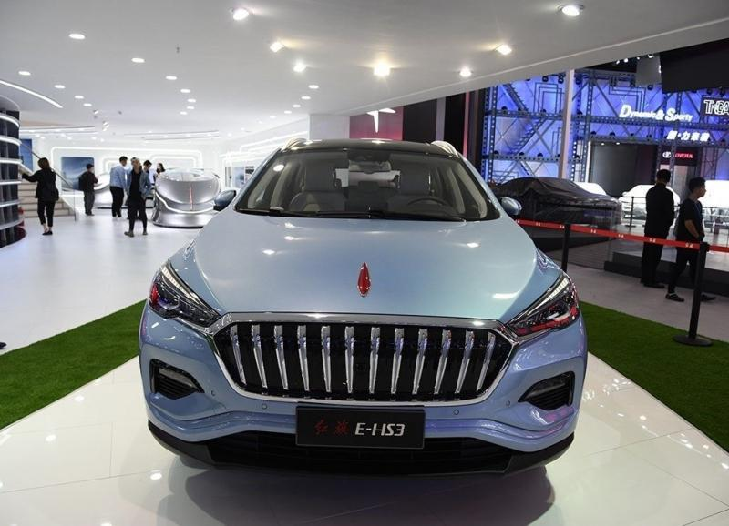 Hongqi E-HS3 2019 – электрический кроссовер марки Red Flag