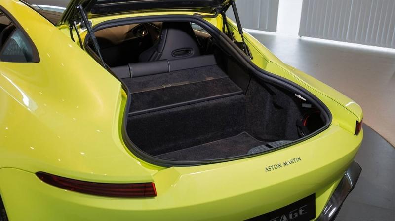 Aston Martin Vantage 2018 – новый Вантаж с мотором Mercedes-AMG