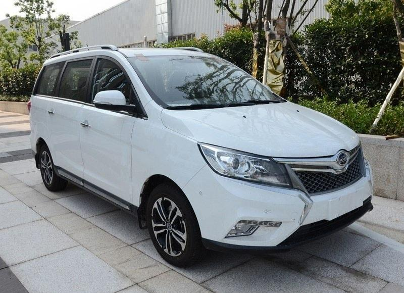 Новый Bisu M3 – китайский бюджетный компактвэн