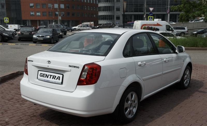 Daewoo Gentra – сменивший имя Лачетти