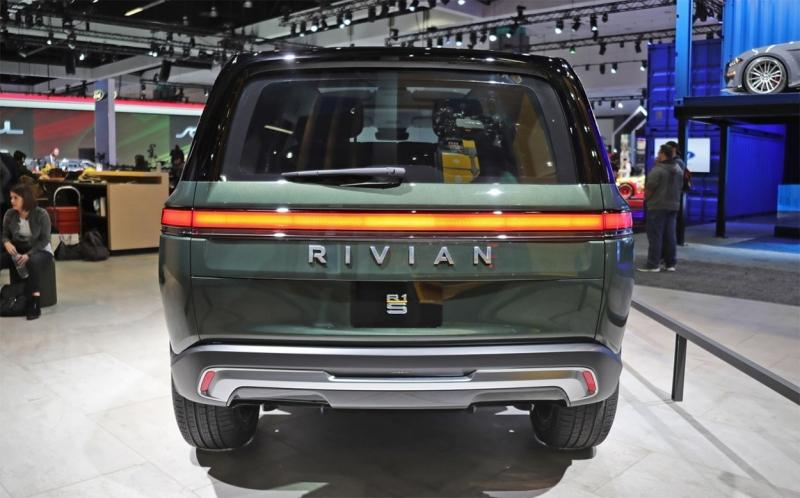 Rivian R1S 2020 – новый электрический внедорожник Ривиан