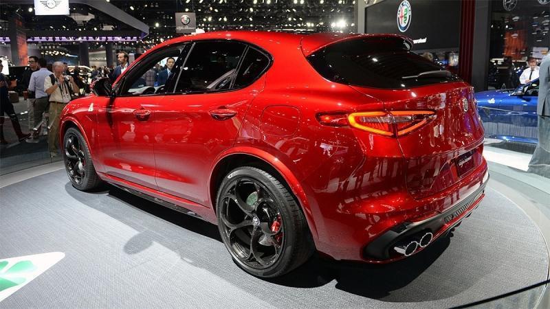 Alfa Romeo Stelvio – первый кроссовер Альфа Ромео