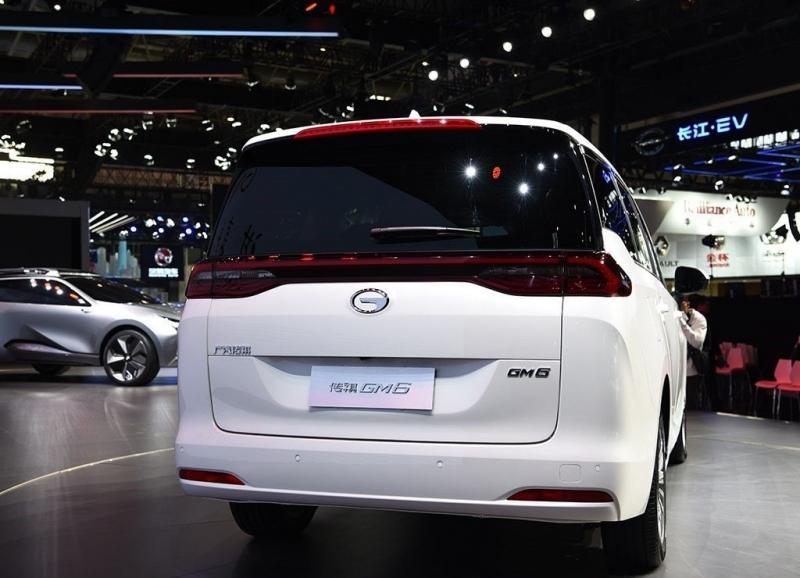 GAC GM6 2018 – китайский минивэн с интерьером в стиле Mercedes