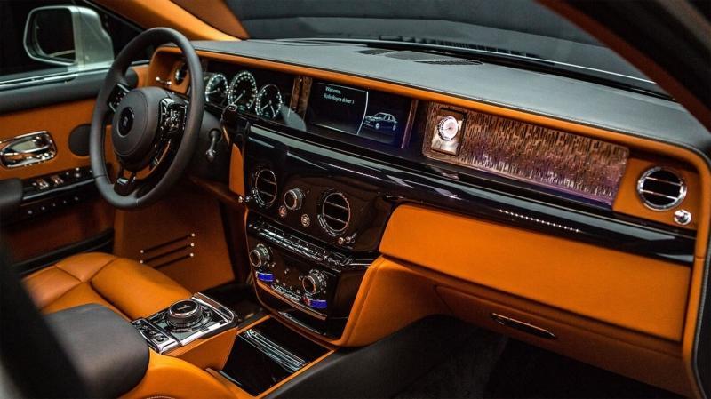 Rolls-Royce Phantom 2018 – 8 генерация лучшего авто в мире