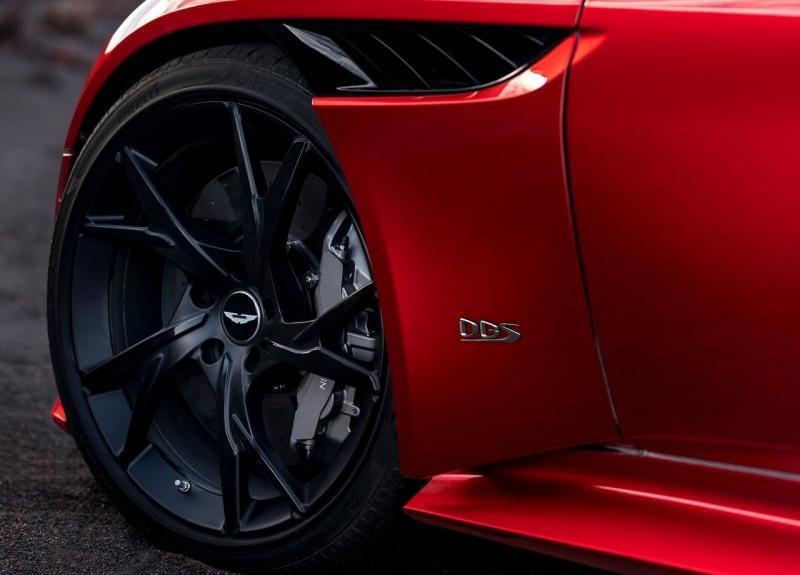 Aston Martin DBS Superleggera 2018 – новый Астон Мартин DBS