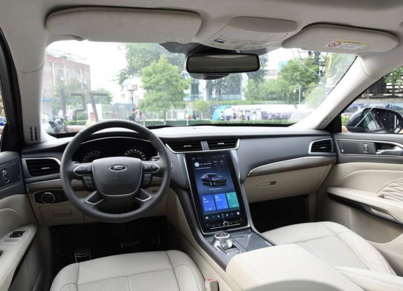 Ford Taurus 2020 – легендарный седан Форда для Китая