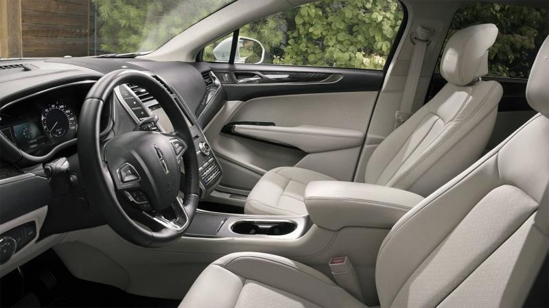 Lincoln MKC 2019 – плановый рестайлинг самого доступного Линкольн