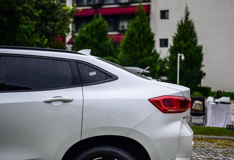 Китайский кроссовер купе WEY VV7 GT 2019