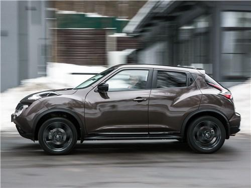 Сравнительный тест Toyota C-HR, Nissan Juke - Toyota C-HR и Nissan Juke – чем покоряют сердца дам японские «малыши»
