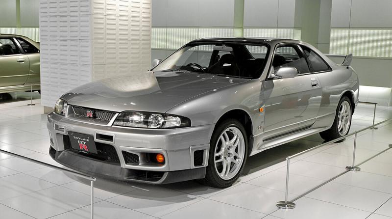 Легендарный Nissan Skyline R33 GT-R