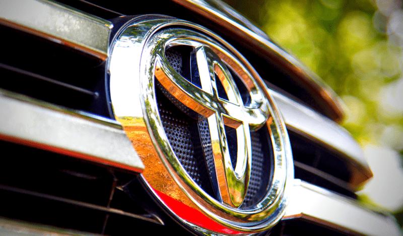 Новый Toyota Land Cruiser 300 – японцы все испортили?