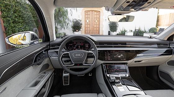 СУПЕРСЕДАНЫ: AUDI S8 ПРОТИВ BMW M760LI