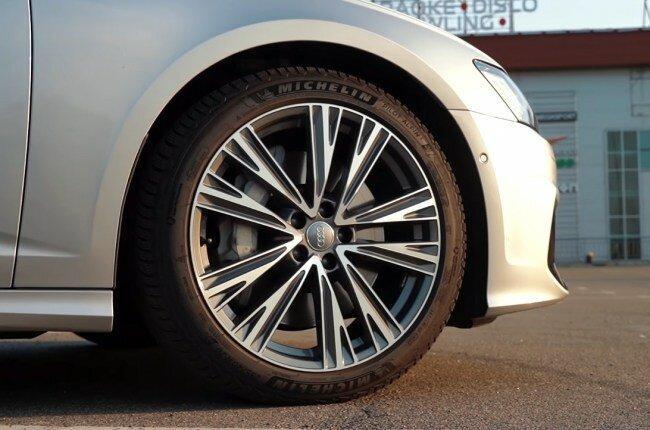 Audi A6 и S6. В чем разница и есть ли смысл платить больше?