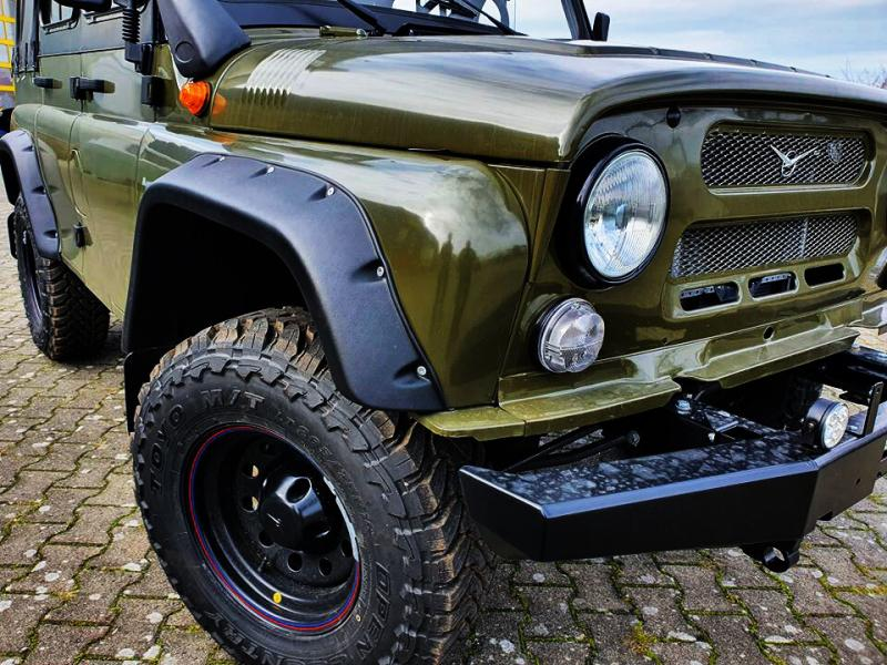 Доработанный УАЗ Хантер продают в Германии за 2 миллиона