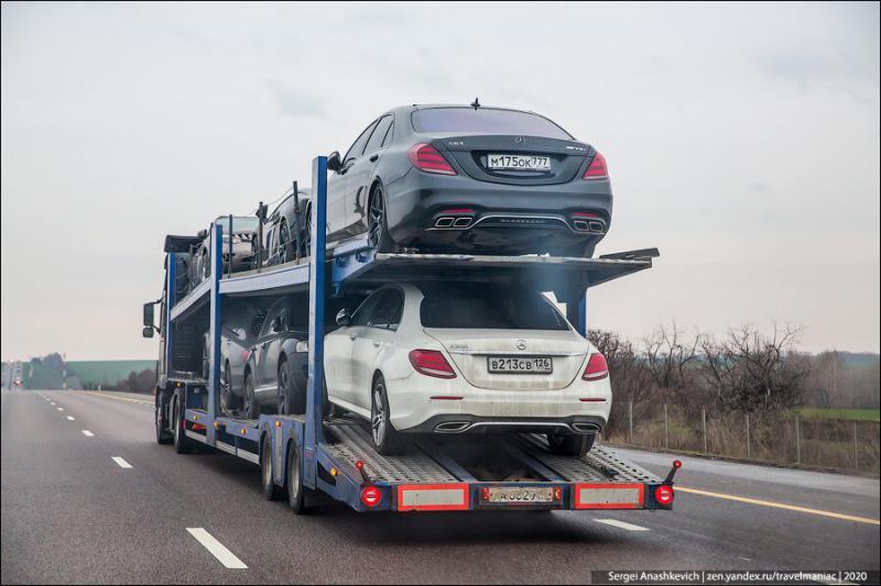 Как везут крутые машины в Чечню