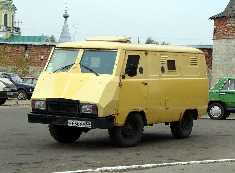 УАЗ вспомнил о броневике