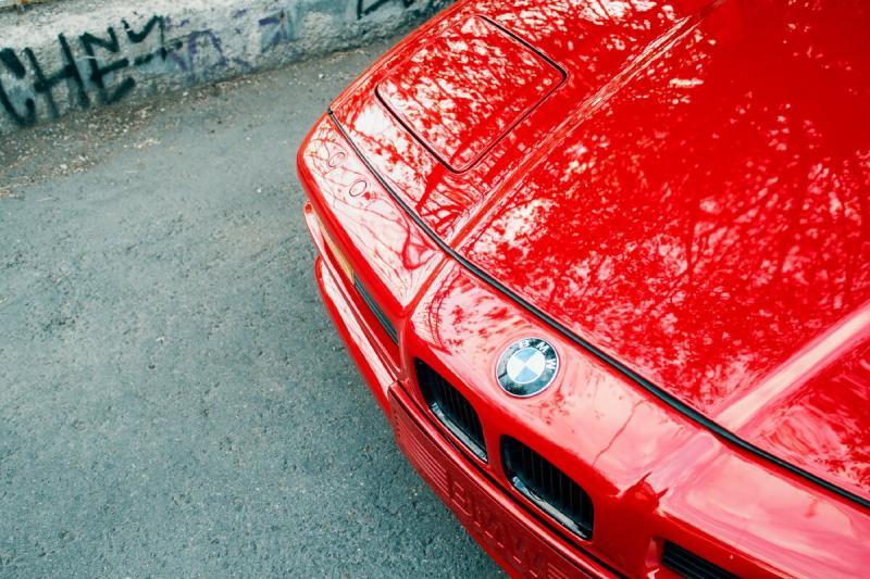 Автомобили с подъемными фарами