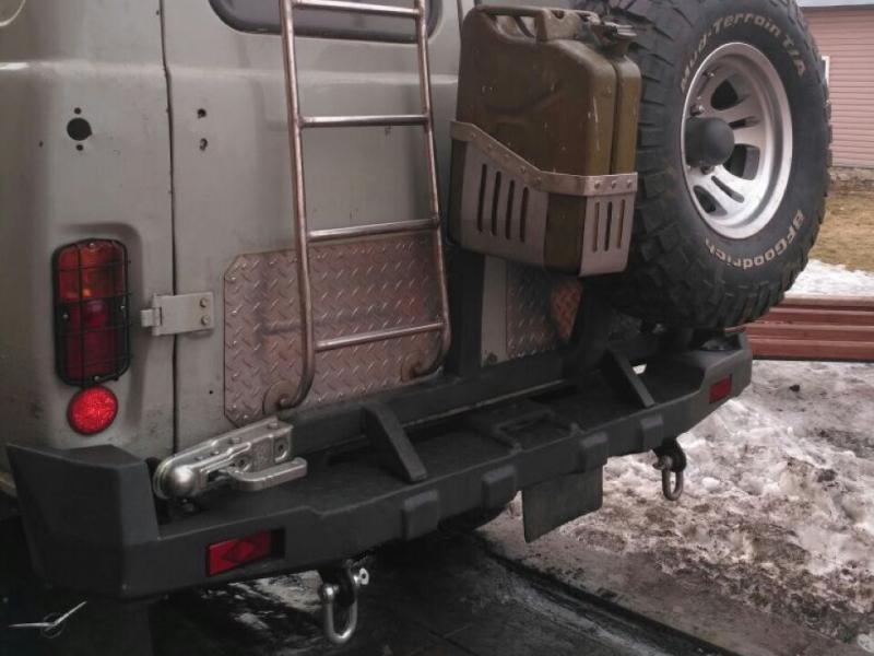 """Мужик собрал невероятную """"Буханку"""" с V8 и коробкой автомат"""