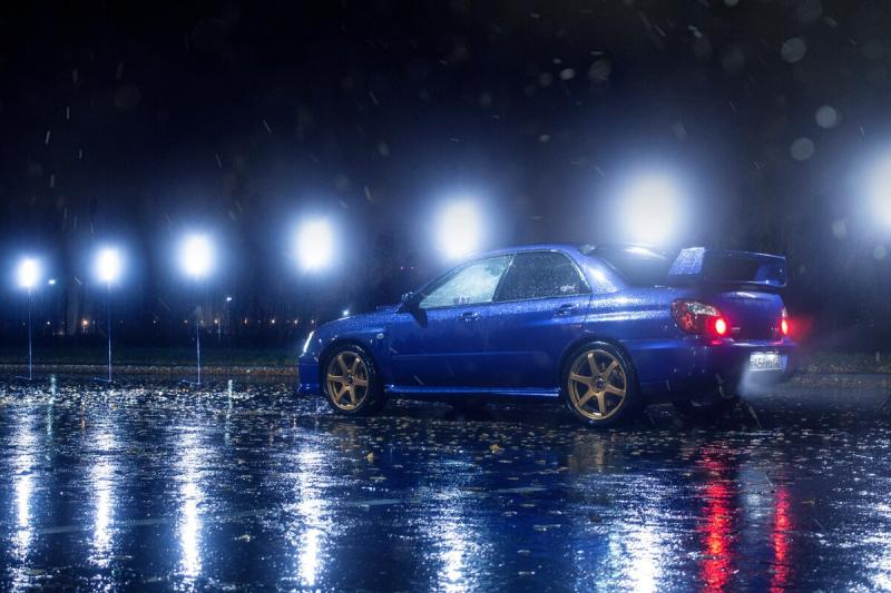 Съемка Subaru Impreza WRX STI ночью