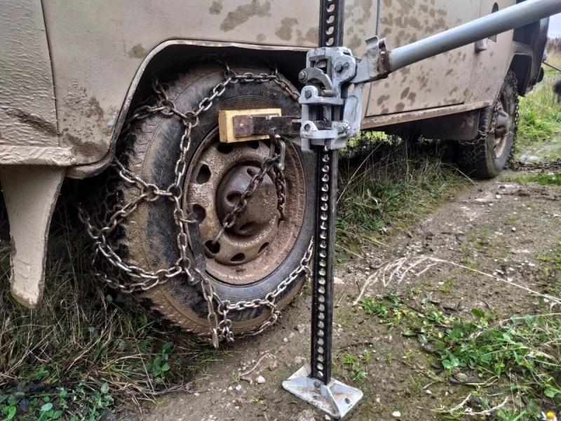 Испытал колесные цепи на УАЗе. МТ резина просто курит