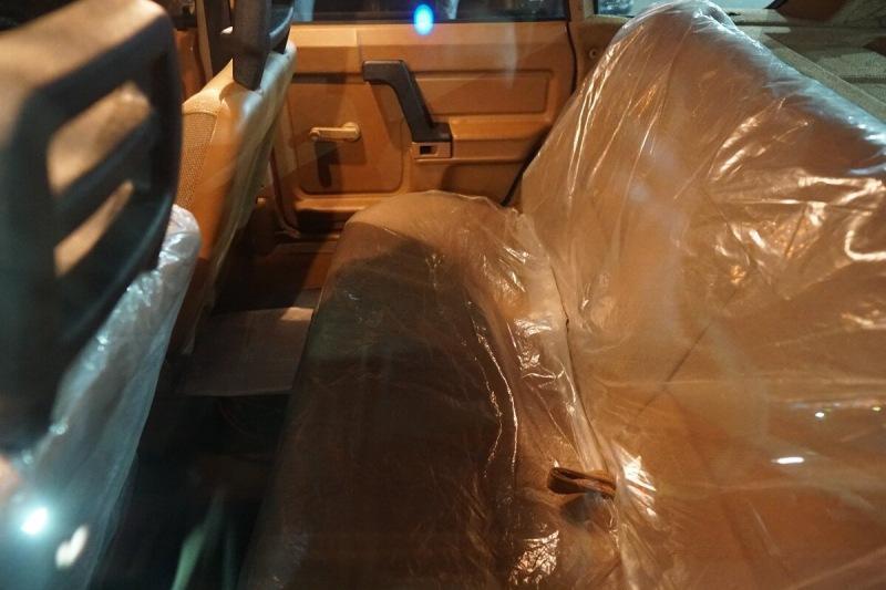 Новый Москвич с сидениями в плёнке - как ощущения?