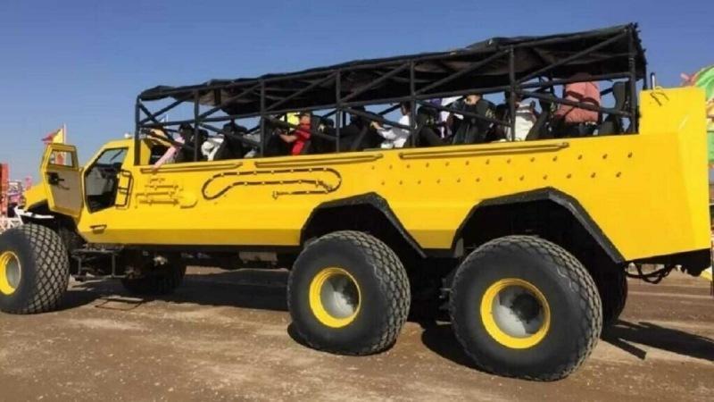 На Alibaba выставили 23-местный автобус-вездеход 6x6