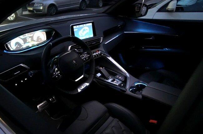 Peugeot 3008 Hybrid4: неожиданно быстрый
