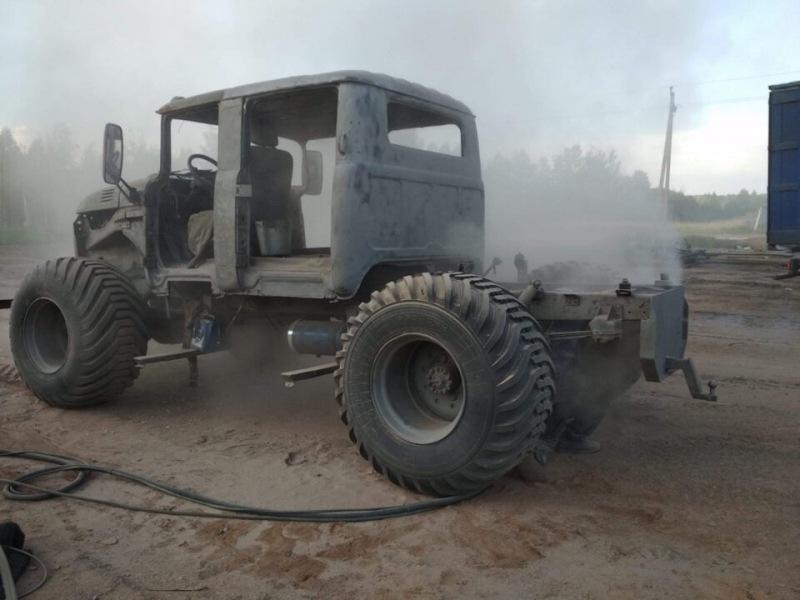 Умелец собрал невероятный пикап на базе ГАЗ-66 и двух кабин ЗИЛ-131