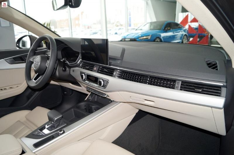 Обзор Audi A4 в кузове B9