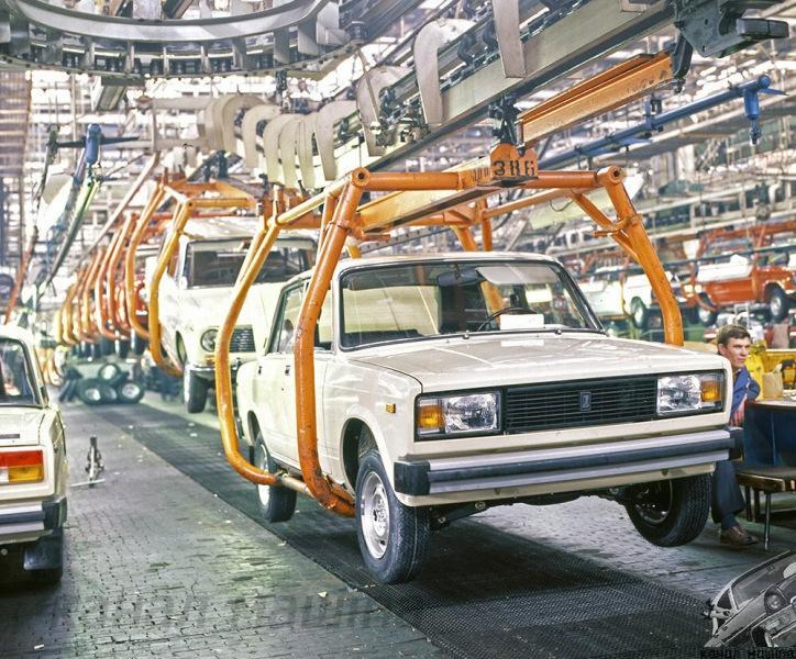 Сколько автомобилей АВТОВАЗ разработал самостоятельно? Часть 1