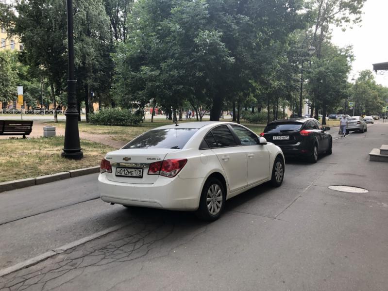 """Как платные парковки """"творят добро"""": сравнение Москвы и регионов"""