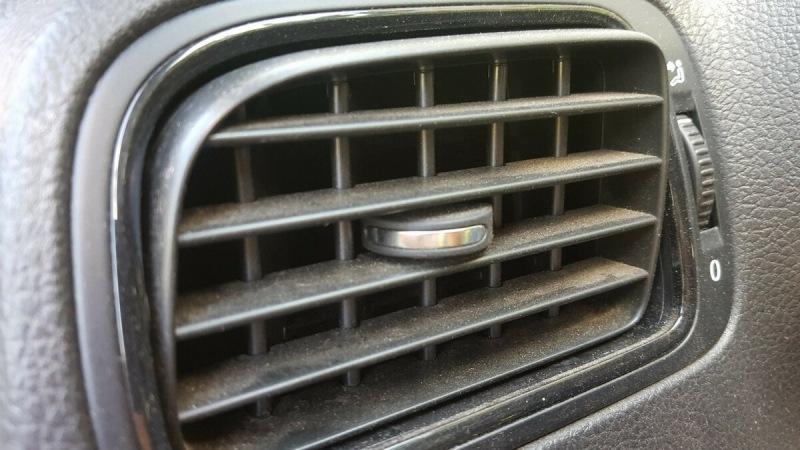 Предотвращаем появление пыли в машине