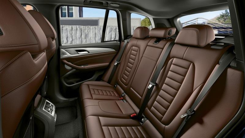 BMW iX3 обновлён через год после дебюта: c пакетом M Sport в базе и прежним «железом»
