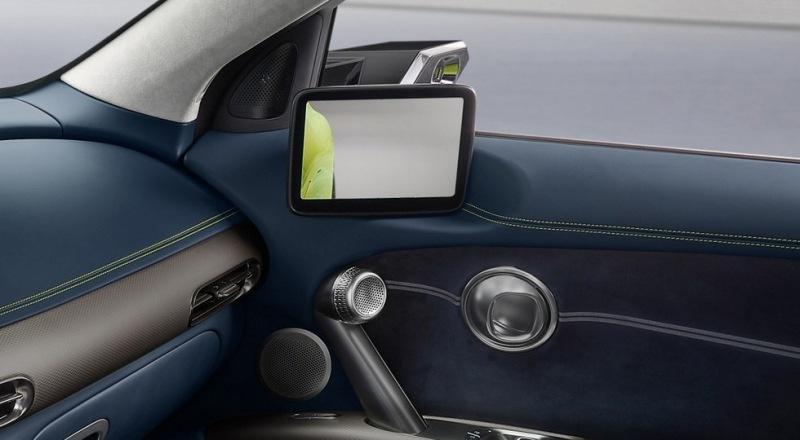 Серийный электрокросс Genesis GV60: камеры вместо зеркал и «хрустальный шар» в салоне