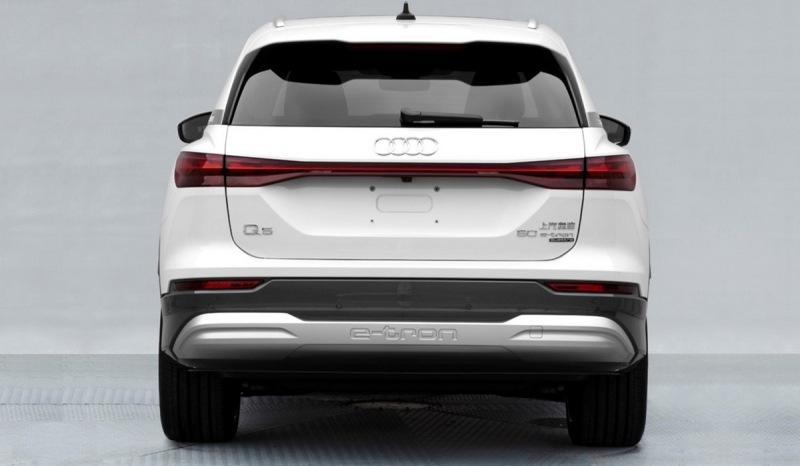 Трехрядный Audi Q5 e-tron засветился на неофициальных фото