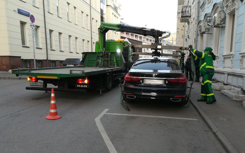 Если вы так делаете, то машину точно эвакуируют. Примеры