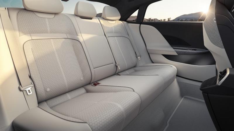 Флагманская версия Lucid Air опередила Tesla Model S по дальнобойности