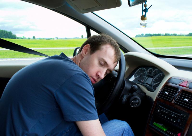 Хочу спать за рулем: как молниеносно взбодриться. Делаем как дальнобойщики