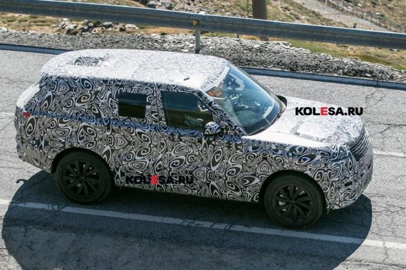 У Range Rover нового поколения будет ещё одна гибридная версия: внедорожник проехался на камеру