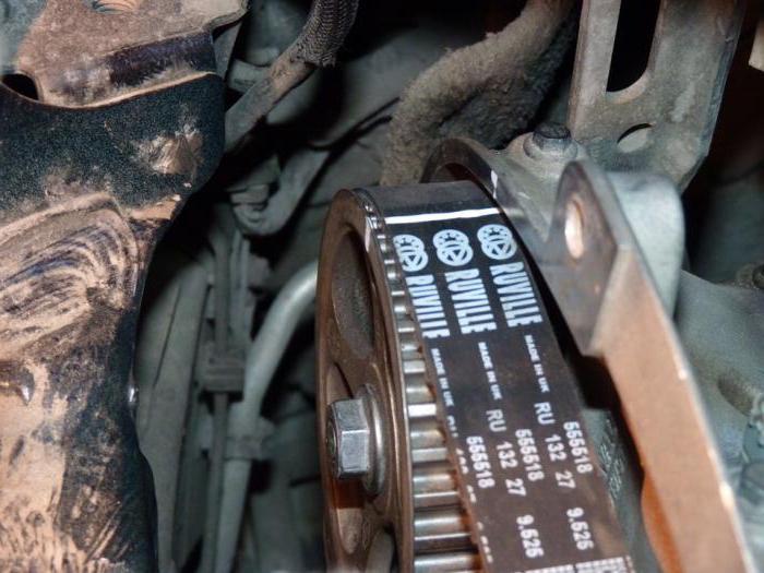 Замена ремня ГРМ «Рено-Меган 2» (Renault Megane II)