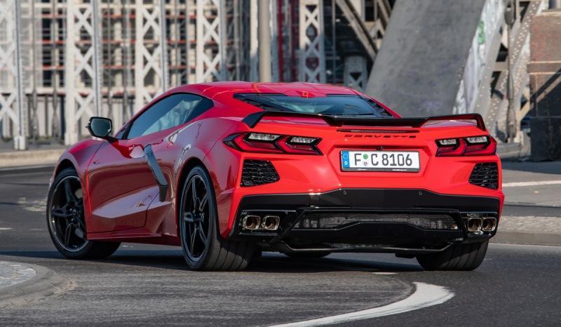 Новый Corvette пришел в Европу: мощность меньше, цены выше